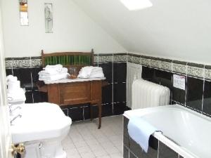 Tayside Rm12 Bath