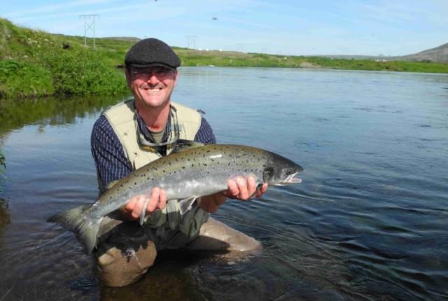 Sog-Claus-salmon-80cm